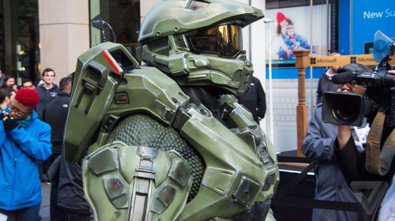 Компания Microsoft открыла новый флагманский магазин расположенный в Нью-Йорке